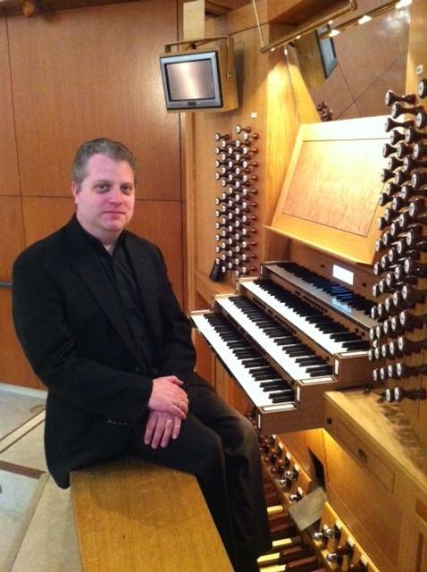 Stephen Tharp (Organ) - Short Biography